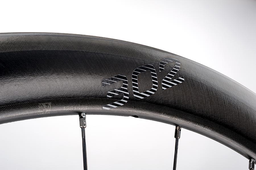 Основа колёс – новые обода 302