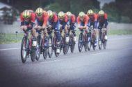 На пути к Tour de France: Винченцо Нибали и команда готовят новый Merida WARP TT